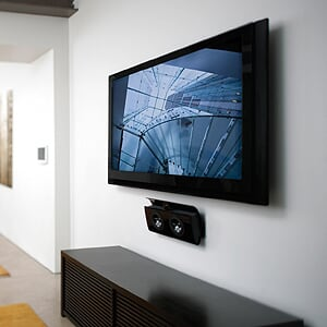 Safely mount TV, big screens and other appliances with Zinterlock