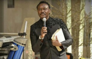 pastor chris okotie ask pdp and apc to adopt him as 2019 president