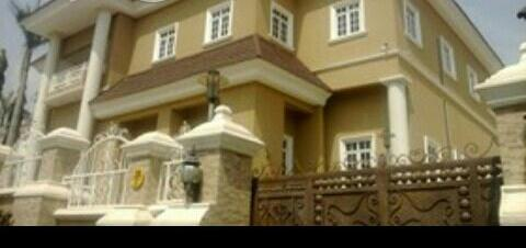 A SIX (6) BEDROOM MANSION IN MAITAMA
