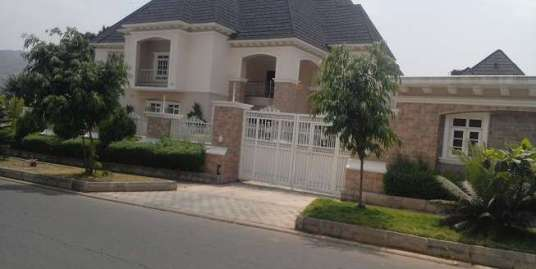 6 BEDROOM DETACHED DUPLEX IN MAITAMA