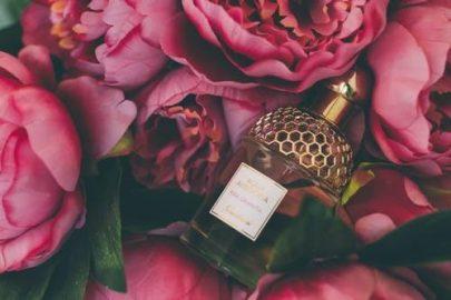 Tipy ako aplikovať parfém aby vydržal čo najdlhšie