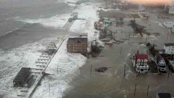 Hurricane Sandy storm surge makes its way through Atlantic City, N.J. (c)  6abc Action News