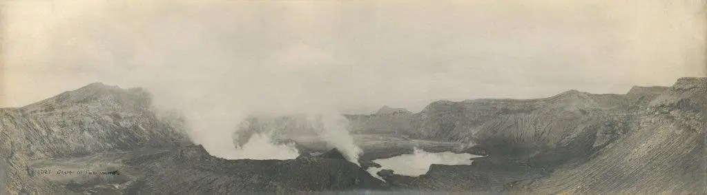Taal Volcano's crater before the 1911 eruption with the central cone and one of the lakes on the crater floor.