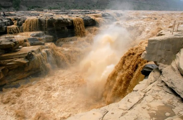 The Yellow River at the Hukou Falls. Credit: Wikimedia Commons