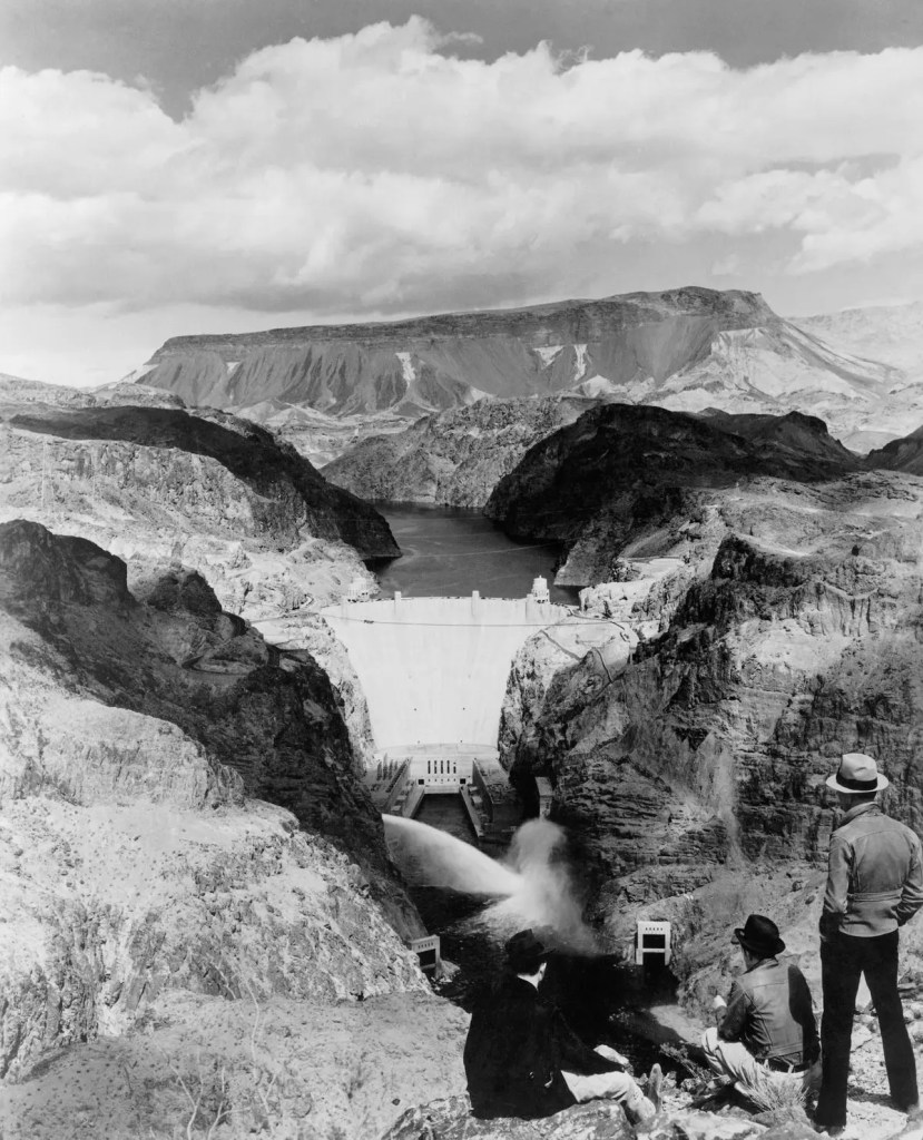Hoover dam after years of operation (1940). Credit: SCHENECTADY MUSEUM