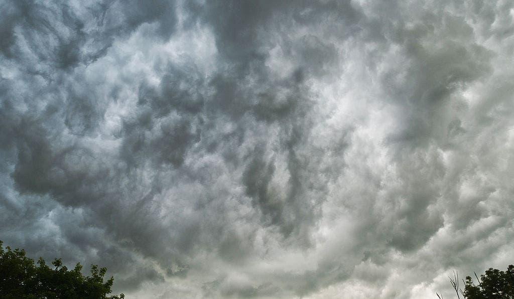 Nimbostratus -- a gloomy sight. Credit: Wikimedia Commons.