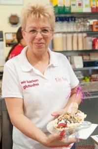 Frau Voh hat glutenfreies Eis