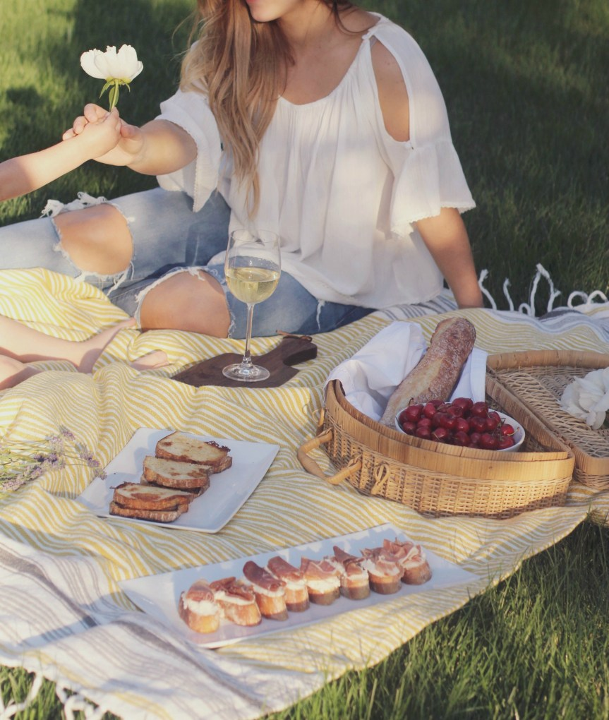 Choose The Table, A Family Picnic with Dietz and Watson + Enter to Win a Gourmet Dinner in Pittsburgh curated by Chef Justin Severino of Morcilla