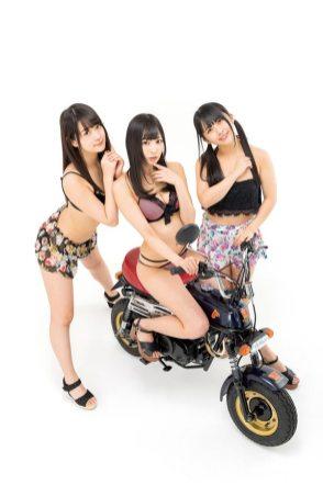 仮面女子とバイク SUZUKI EPO/雪乃しほり/涼邑芹/野咲わか