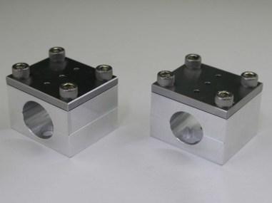 (左)1インチハンドル用 (右)φ22.2ハンドル用