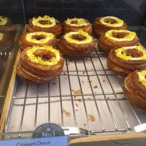 Believe it or not, this was my very first experience with a cronut. I know, I live such a sheltered life!