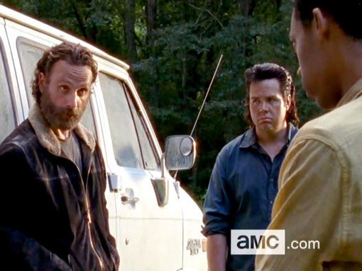 Watch the First Two Minutes of the Sunday's Episode of 'The Walking Dead'!