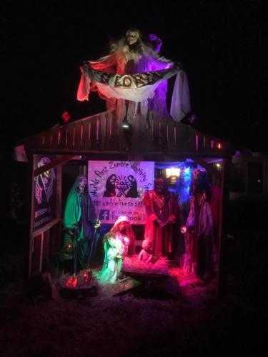 Zombie Nativity Scene gets Snoped