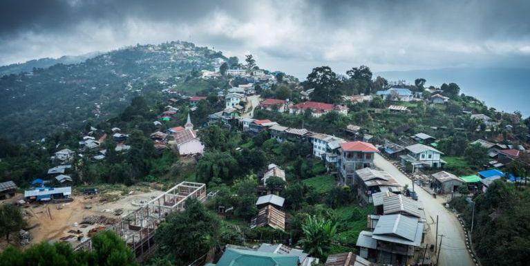 Mindat Paina ~ Pu Thangboi