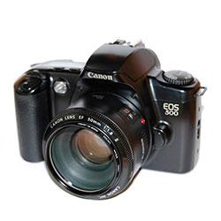 3. CANON EOS 500
