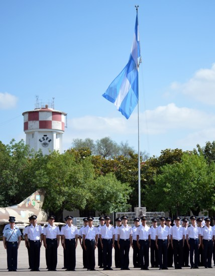 """Formación de apertura en la Plaza de Armad """"General Belgrano"""""""