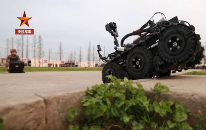robot desactiva bombas