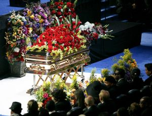 funeral-mj7