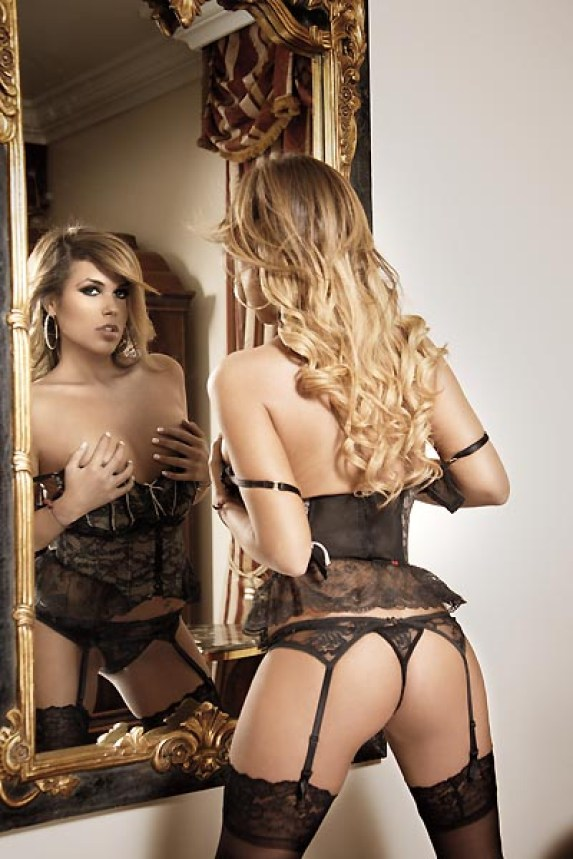 Alejandra de la Fuente Bozzo Playboy Febrero 2013 [Fotos] (3)