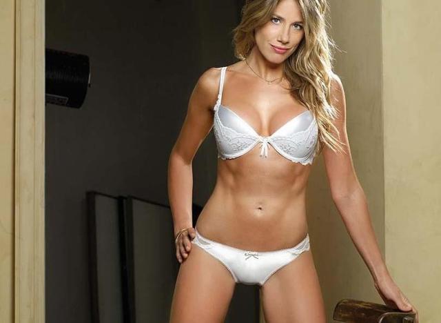 Alina Moine Lenceria (1)