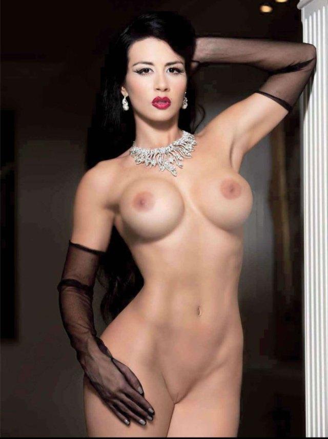 Diosa-Canales-Playboy-Junio-2013-17