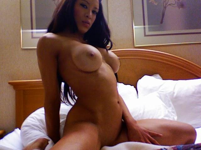 Melina-Perez-Naked