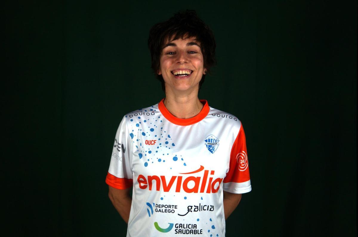 """Marta Figueiredo (Jugadora y Capitana de Ourense Envialia FSF): """"Queremos luchar hasta el final para intentar terminar la liga entre los cuatro primeros que dan el billete a los primeros Play Off de la historia del fútbol sala femenino."""""""