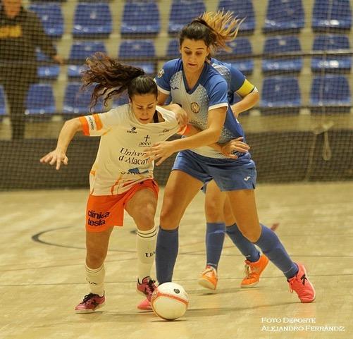 """María Ángeles Pino """"Melli"""" (Jugadora de Universidad de Alicante FSF): """"Para nosotras meternos en la Final Four de la Copa de la Reina ha sido un motivo más para seguir trabajando, mejorando para poder competir mejor y como consecuencia, disfrutar más."""""""