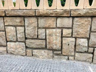 Muro de mampostería concertada de piedra caliza | zonahogar