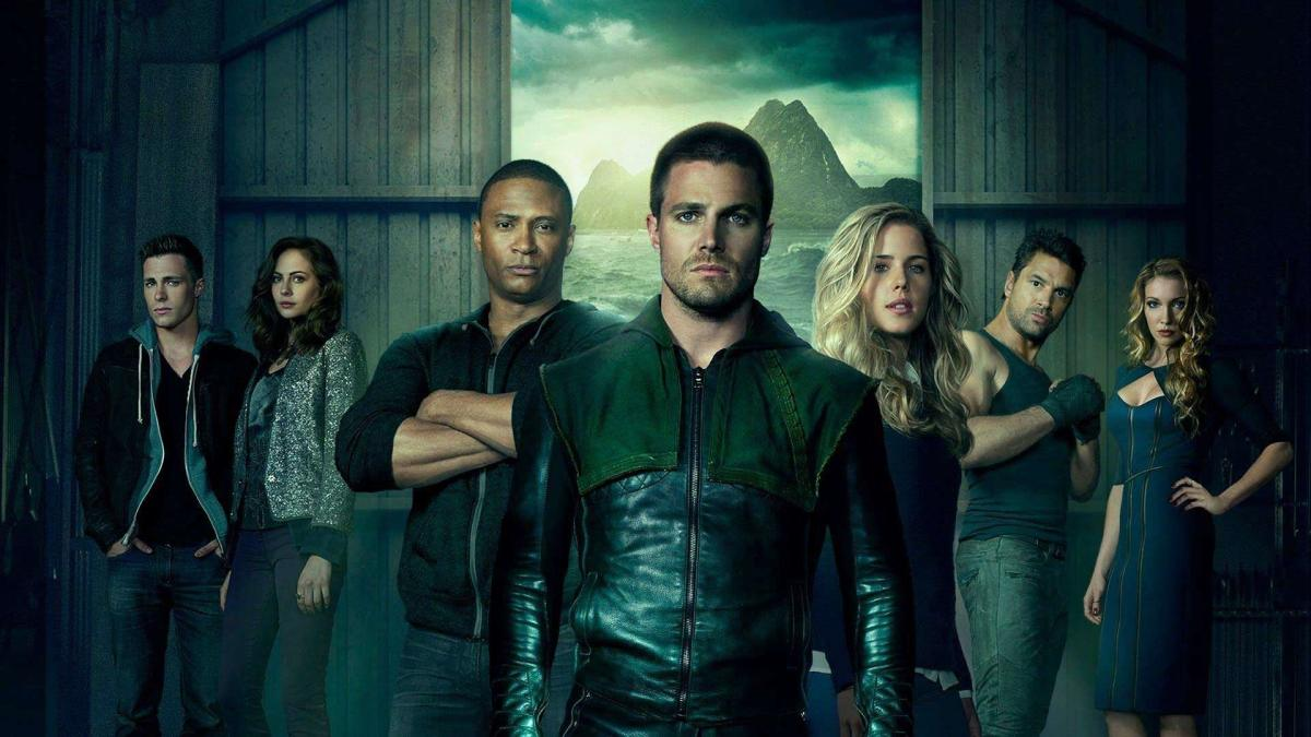 Arrow S2E1 - City of Heroes