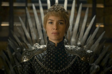 Game of Thrones Cersei crowned