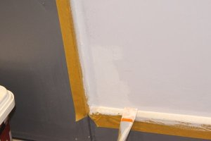 Les bordures sont traitées en premier au pinceau