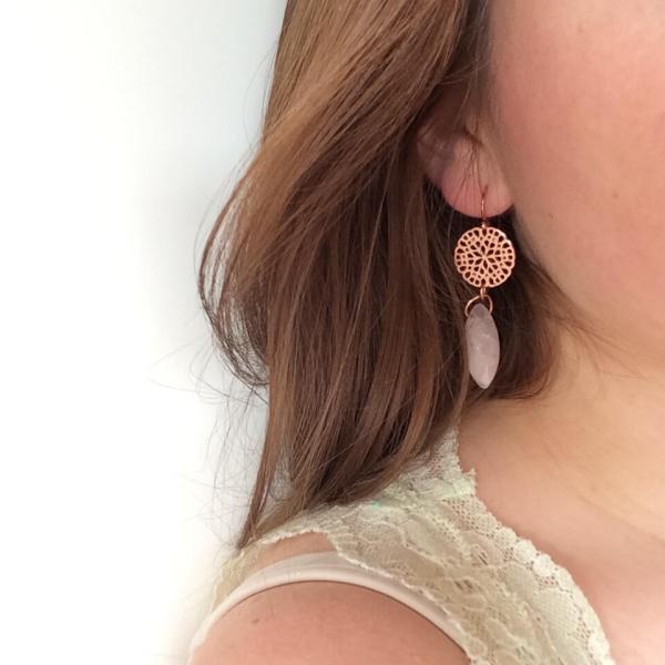grote oorbellen met rozenkwarts