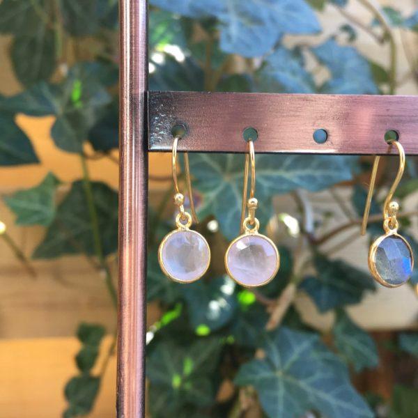 Fijne edelsteen oorbellen rond rozenkwarts 925 zilver verguld rose quartz