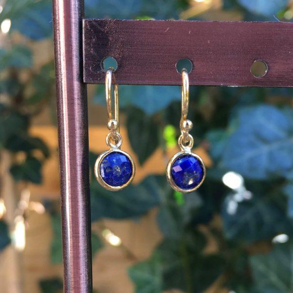 Kleine edelsteen oorbellen rond lapis lazuli 925 zilver verguld
