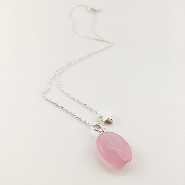 Korte ketting zilver ster roze jade ovaal bedel