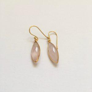 Lange edelsteen oorhangers rozenkwarts 925 zilver verguld