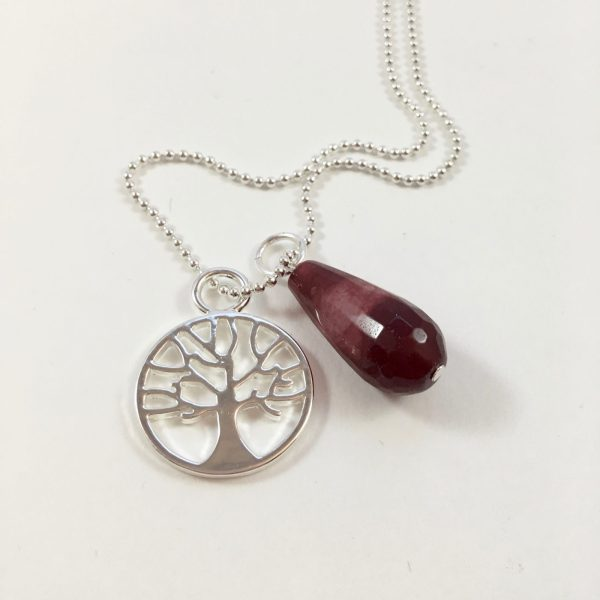 Lange ketting zilver 2 bedels tree of life rode jade