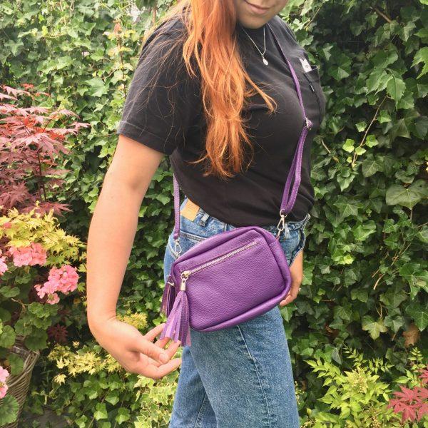 Leren schoudertasje paars kleine tas voor uitgaan