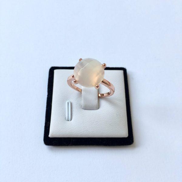 Natuursteen ring met chaton zetting rose goud maat L 18 mm