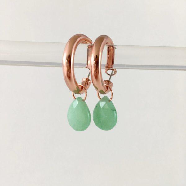 Oorringen met groene jade (rose goud)
