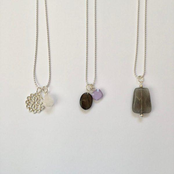 edelsteen ketitngen lange kettingen natuursteen zilver