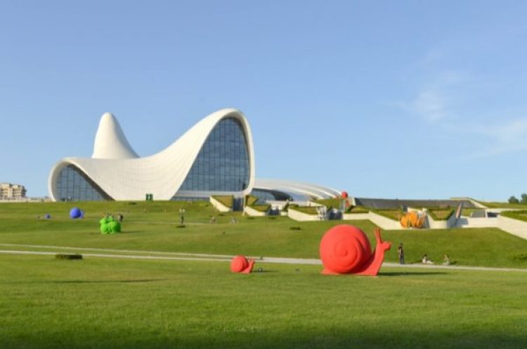 The Heydar Centre | Azerbaijan | Photo: Francisco Anzola, Flickr