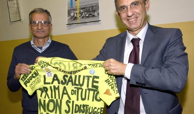 Ambiente, ministro Costa replica a Salvini: «Prima di attaccarmi studi»