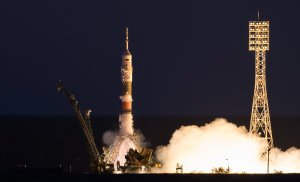 Expedition 52 Launch (NHQ201707280006)