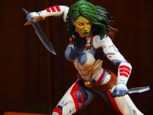 Gamora with Knifes