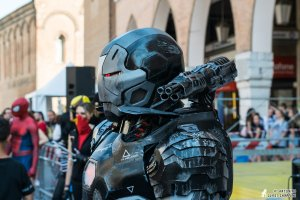 War Machine cosplay