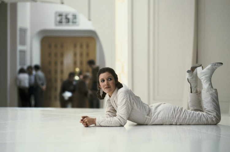 Leia on the floor