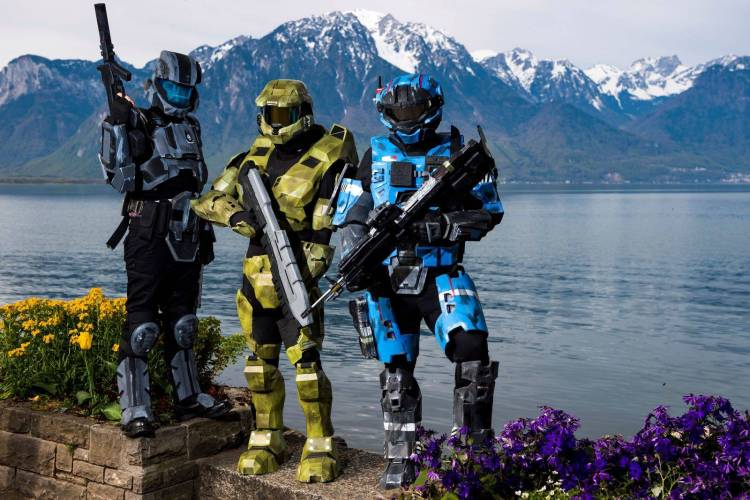 Halo Cosplayers