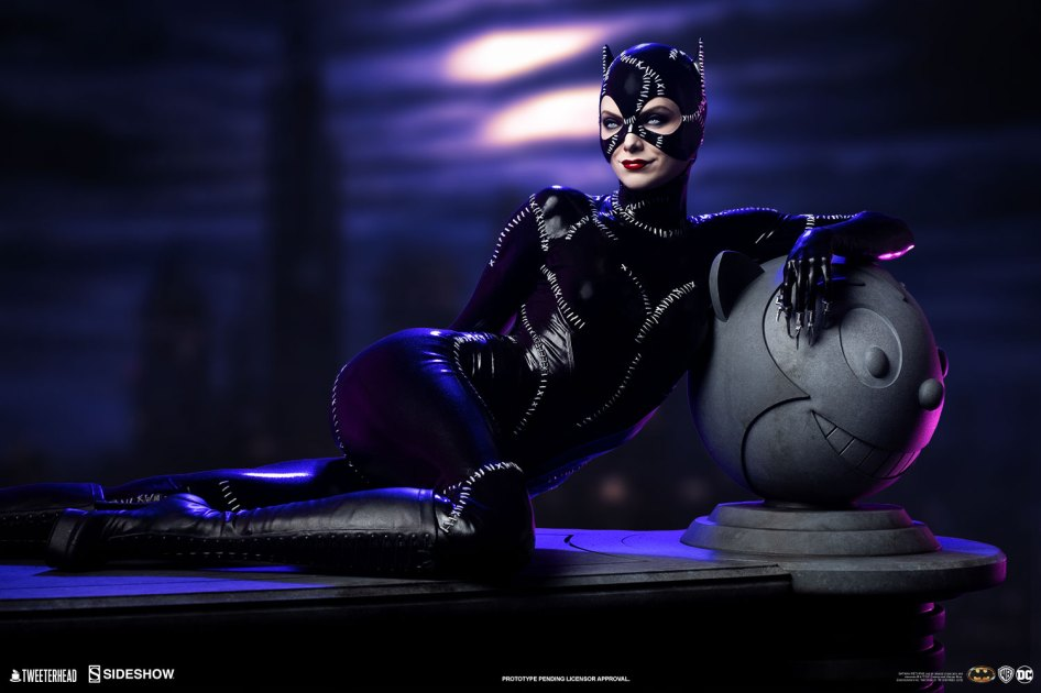 Batman Returns – Catwoman Maquette by Tweeterhead